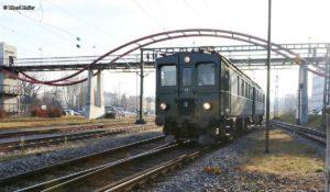 Apfelsaft-Express BDe 3/4 43 wartet im Bahnhof Konstanz bis die Gäste vom Weihnachtsmarkt zurück sind 09.12.2016 | Bild: Tibert Keller