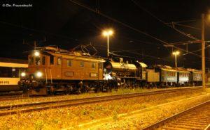 Der Lokzug mit Be 4/4 BT-14 + C5/6 2969 + BDe 3/4 43 + Be 4/4 BT-13 mitten in der Nacht in Romanshorn, bereit für die Dienstfahrt nach Arbon. 07. Mai 2016   Bild: Chr. Frauenkecht