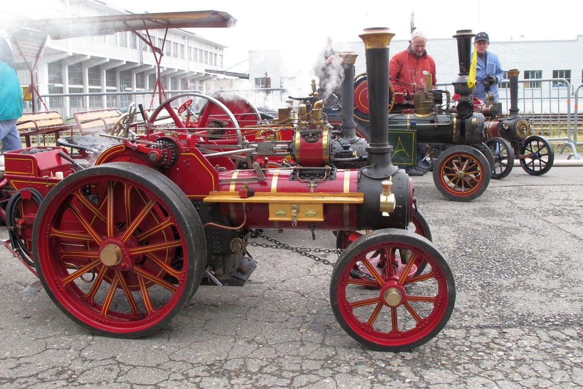 4 Dampfmobile en miniature geben sich ein Stelldichein an den Arbon Classics am 3. Mai 2014 | Bild: H.U. Kneuss
