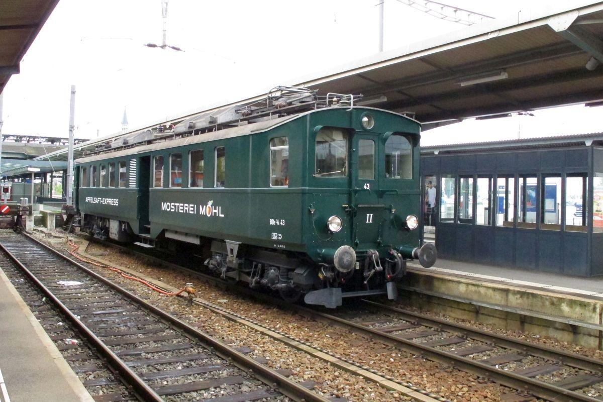 BDe 3/4 43 steht in Romanshorn bereit für die nächste Schnupperfahrt, 02. Juni 2013   Bild: H.U. Kneuss