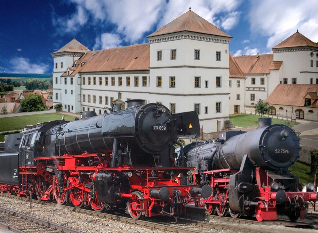 Dampflok 23058 und 52 7596 führen den Ablachtal-Donautalexpress und präsentieren sich vor dem Schloss Messkirch.